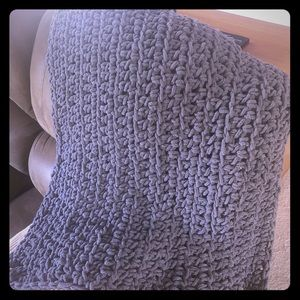 Gray chunky crocheted baby blanket